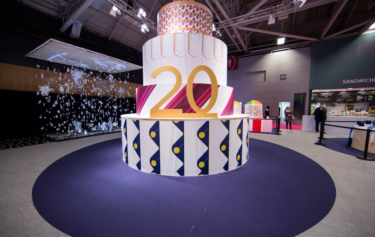 gateau-xxl-20-ans-creations-savoir-faire_article_body_m_csf_fre